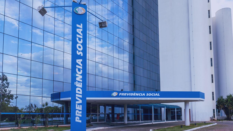 Brasília Brasil. 2021. Edifício do Instituto Nacional de Seguridade Social, órgão brasileiro de previdência social.